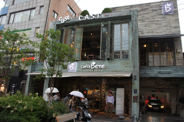 【狎鷗亭站】韓劇中韓星們最愛去的咖啡店-Caffe bene (韓國iHQ經紀公司開設)