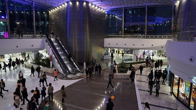 【三成站】首爾最大地下商城COEX MALL大變身 + 屬於SM家族粉絲們的互動空間 SMTOWN@coexartium