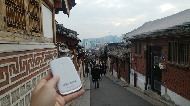 【上網】韓國WIFI分享器租借 – 虎奕網 (首爾市區服務站) (租機免押金) ( 4G上網吃到飽不降速 )