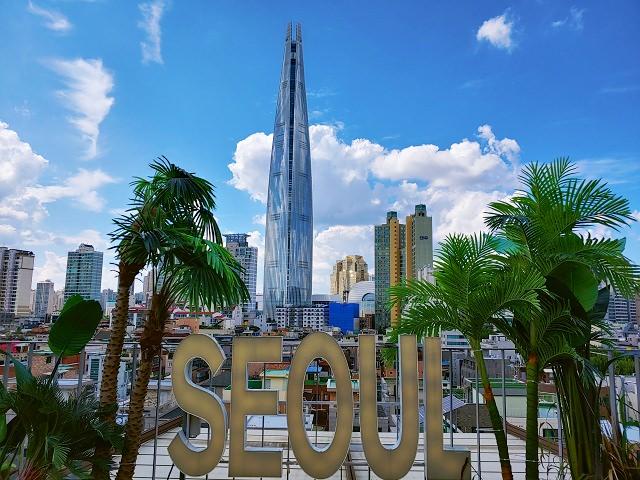【松坡渡口站】刷爆韓國IG的網紅咖啡廳 – Seoulism (서울리즘) – 與首爾新地標 樂天世界塔 合照的絕佳景觀咖啡廳