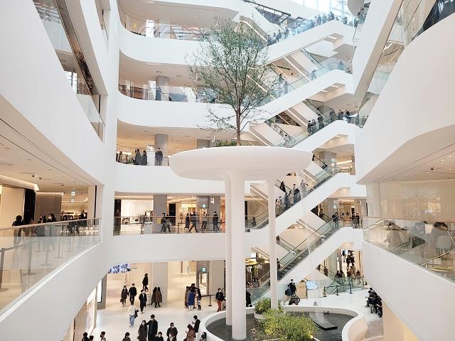 【汝矣島站】首爾最大規模巨型百貨『THE HYUNDAI SEOUL (더 현대 서울)』誕生!!~必逛熱點整理