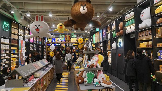 【新沙站】韓國LINE FRIENDS 旗艦店 라인 프렌즈 플래그십 스토어 + LINE 主題咖啡廳