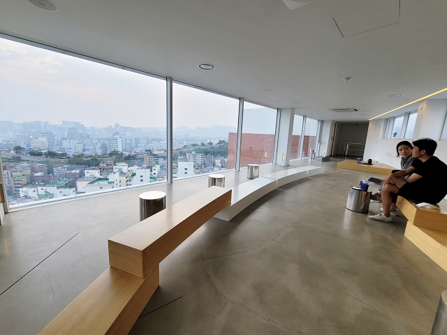 【東廟站】一覽首爾三景的天空咖啡廳 T(ER)T(RE) 테르트르
